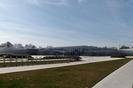 LouvreLens1.jpg